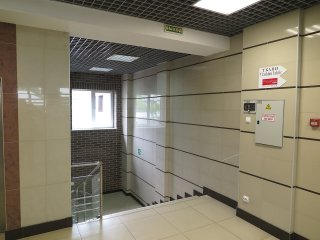 Холл у лифта на 3-м этаже