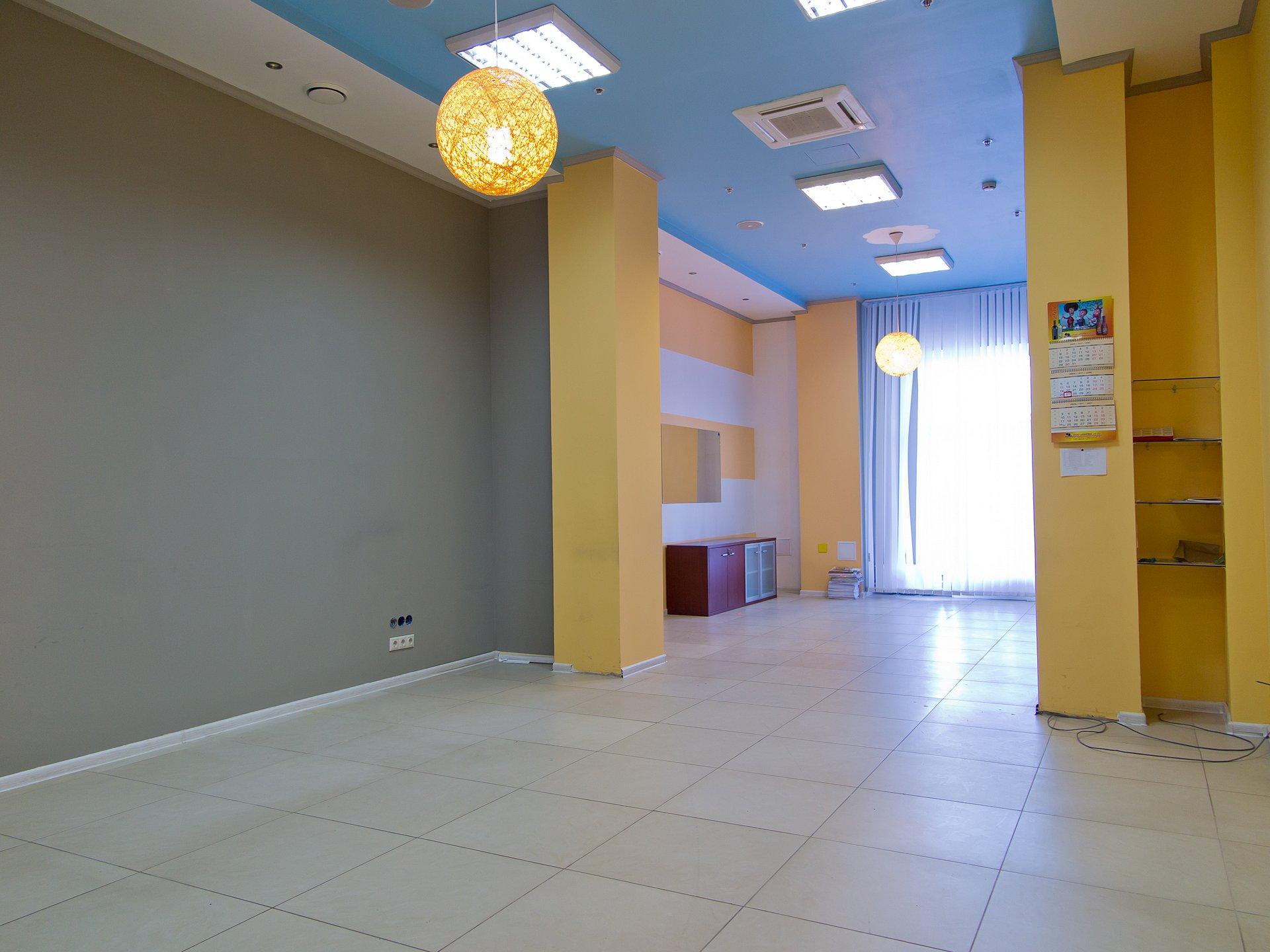Офис 58 кв.м. на 2-м этаже