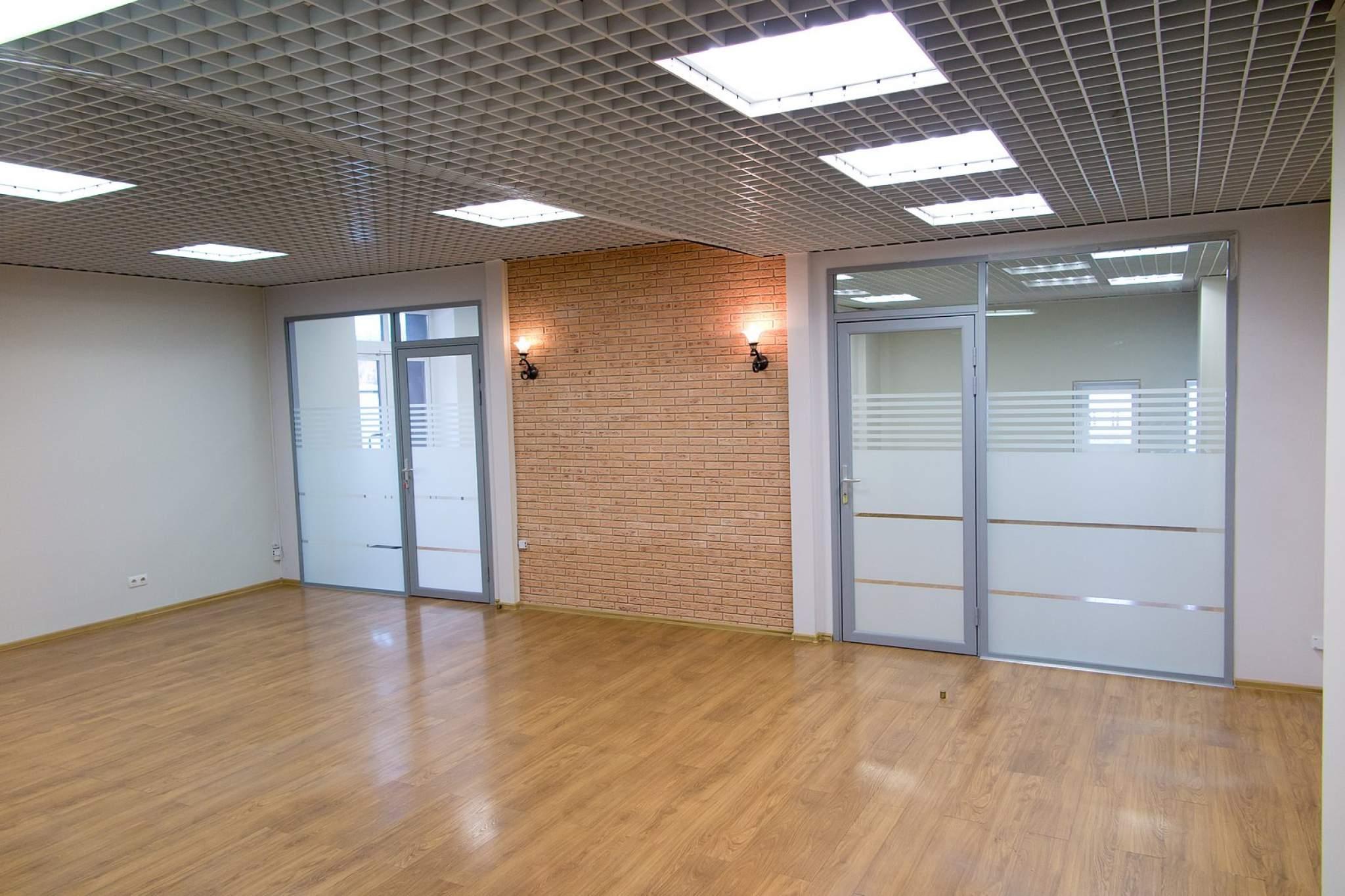 Офис 100 кв.м. на 3-м этаже